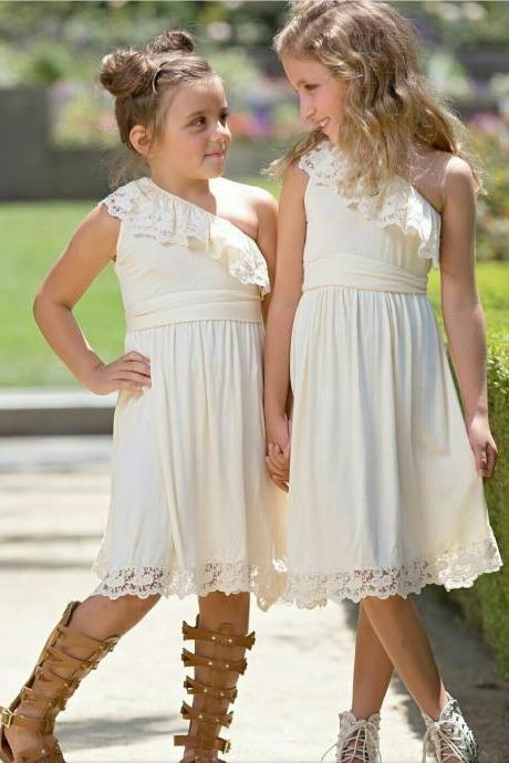 2017 Flower Girl Dresses Flower children's clothes, Boutique children's clothing, children's skirts, sleeveless inclined shoulder lace dress, flower girl party dress , wedding flower children's clothes, bowknot flower children's clothes, beads girl's skirt