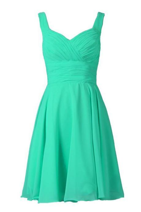 Simple A-line Knee-length Bridesmaid/Prom/Homecoming Dress With Pleats