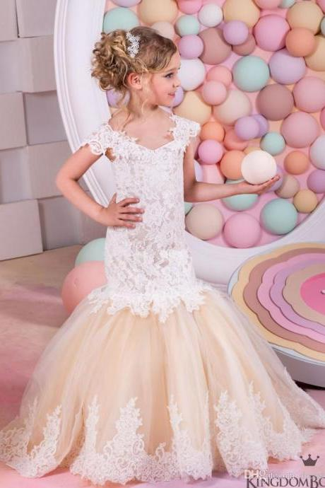 2017 Flower Girl Dresses Flower children's clothes, High-grade children's clothes, summer girls sleeveless lace dress skirt + set auger belt flower girl dress skirt , wedding flower children's clothes, bowknot flower children's clothes, beads girl's skirt
