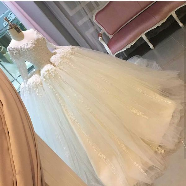 A Line Princess Lace Wedding Dresses,Long Sleeves Bridal Wedding Dress,CheapWedding Dresses, Wedding Gown,ball gown wedding dresses with illusion back 2017 new design Princess Wedding Dresses