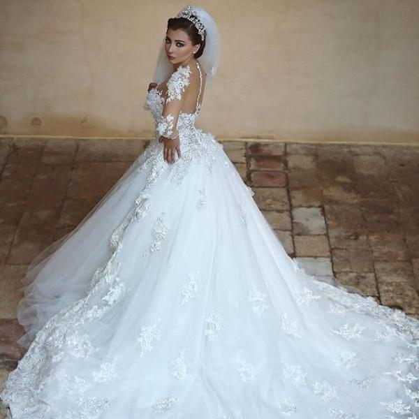 Wedding Dress,Lace Wedding Gowns,White Wedding Dresses,,Lace Wedding Gowns,Lace Bridal Dress,Princess Wedding Dress tail Brides Dress,Beaded Prom Dresses,Champagne Prom Gowns